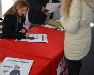 Ekaterina Gordeeva Signing
